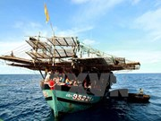 Repatrían a pescadores filipinos accidentados en mar de Vietnam