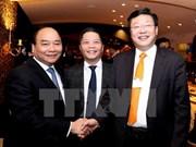 Premier vietnamita interviene en sesión de FEM sobre el futuro de la producción