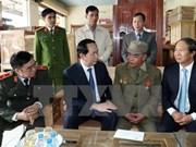 Presidente vietnamita visita a residentes y combatientes de Truong Sa
