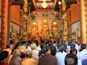 Vietnamitas en Laos reúnen en ocasión del Año Nuevo Lunar