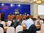 Altos funcionarios de APEC continúan actividades en Vietnam