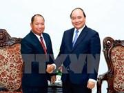Premier vietnamita recibe a ministro de Seguridad de Laos