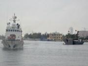 Diez pescadores salvados del naufragio