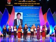 Honran en Vietnam a los 10 jóvenes más sobresalientes