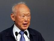 Presentan en Vietnam memorias de Lee Kuan Yew