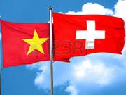 Productores agrícolas de Vietnam adquieren experiencias de Suiza