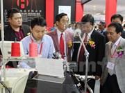 Abre sus puertas mayor exposición de la industria textil de Vietnam