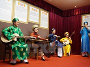 Inauguran exposición de figuras de cera de artistas vietnamitas