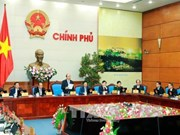 Gobierno vietnamita emite resolución sobre perfeccionamiento de leyes