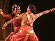 Presentan en Hanoi danzas tradicionales de India