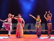 Presentan en Vietnam danzas tradicionales de India