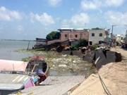 Deslave destruye decenas de casas en provincia vietnamita