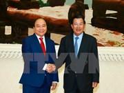 Premier vietnamita envía mensaje de agradecimiento a su par camboyano