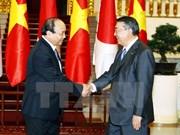Premier Xuan Phuc agradece asistencia japonesa a Vietnam