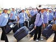 Más de 100 mil pobres vietnamitas ayudados para trabajar en extranjero