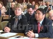 Vietnam comparte experiencias de construcción del socialismo en seminario en Rusia