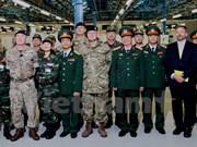 Vietnam y Reino Unido impulsan cooperación en el mantenimiento de la paz