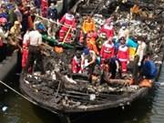 Incendio de ferry deja cinco muertos en Indonesia