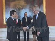 Presidente de República Checa desea fortalecer relaciones con Vietnam