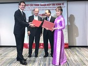 Vietjet firma contratos millonarios con empresas estadounidenses
