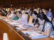 Asamblea Nacional de Vietnam continúa debates sobre proyectos de leyes