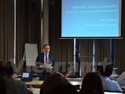 Debaten en Francia sobre políticas de energía en Vietnam