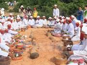 Etnia Cham en Vietnam celebra Año Nuevo Ramuwan 2017