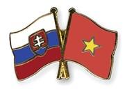 Vietnam y Eslovaquia debaten esquema de cooperación económica