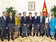 Vietnam y Laos estrechan cooperación en sector de salud