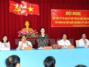 Presidenta de Asamblea Nacional de Vietnam dialoga con votantes