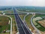 Vicepremier vietnamita preocupado por morosidad en desembolso de inversión pública
