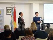 Promueven imágenes de Vietnam en Argentina