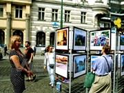 Presentan en República Checa fotos sobre mares e islas de Vietnam