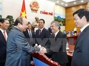 Premier vietnamita pide a embajadores asistir a más de cuatro millones de connacionales en extranjero