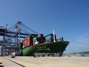 Premier vietnamita realiza visita de trabajo a puerto marítimo internacional de Cai Mep