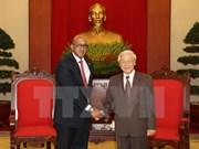 Embajador de Cuba se compromete a estrechar lazos con Vietnam
