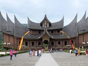 Indonesia busca atraer a turistas japoneses