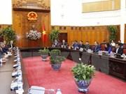 Vietnam comprometido a respaldar a inversores extranjeros