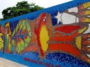Chile incorpora una pintura al Mural Mosaico Cerámico de Hanoi en su Día Nacional
