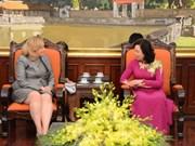 Dirigente de Hanoi propone aumentar cooperación con localidades irlandesas