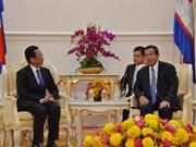 Premier camboyano destaca relaciones multifacéticas con Vietnam