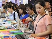 Feria del Libro abre sus puertas en Hanoi