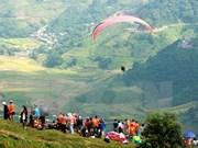 Reportan nutrida participación en festival de parapente en Yen Bai