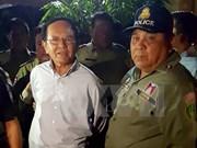Tribunal de Camboya mantiene orden de arresto a presidente de partido opositor