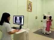 Sufren mujeres vietnamitas de cáncer de mama con edad cada vez más temprana