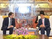 Hanoi intensifica cooperación con Singapur en tecnología digital