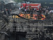 Explosión en fábrica de fuegos artificiales deja 27 muertos en Indonesia