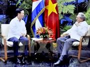 Recibe Raúl Castro a dirigente del Partido Comunista de Vietnam
