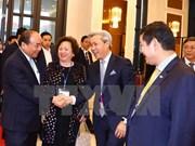 Premier vietnamita dialoga con comunidad empresarial de Asia-Pacífico