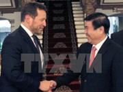Ciudad Ho Chi Minh promueve cooperación comercial y cultural con Reino Unido